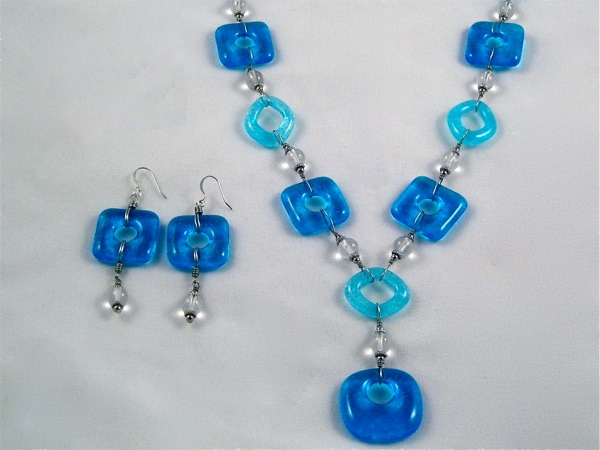 Blue and Aqua Necklace