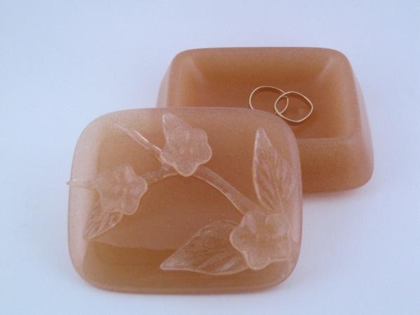 Square Peach Blossom Box