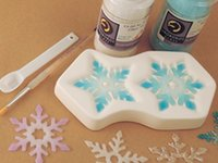 Making Colour de Verre Snowflakes